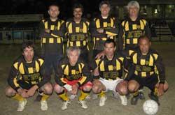 MENOS BECAS PARA 2011