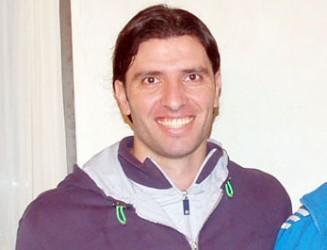 DANIEL BILOS JUGARA EN DOUGLAS