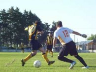 TORNEO 7 LIGAS 2011: BARRACAS 1-2 EL HURACAN