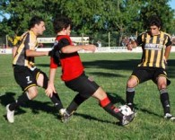 FUTBOL: EL HURACAN 0-0 JORGE NEWBERY