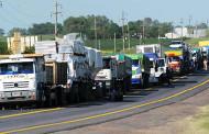 Anuncian restricción en la circulación de camiones