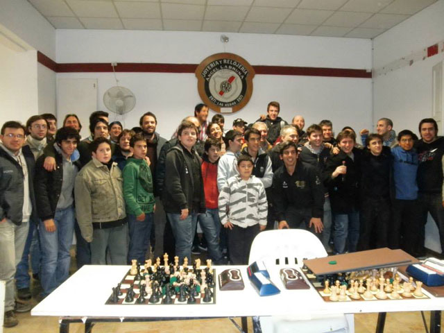 Ajedrecistas rojenses en torneo Internacional