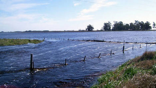 El exceso de agua complica a una gran parte del interior