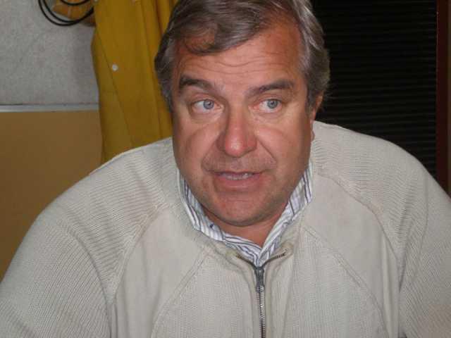 Omar González dejaría su cargo
