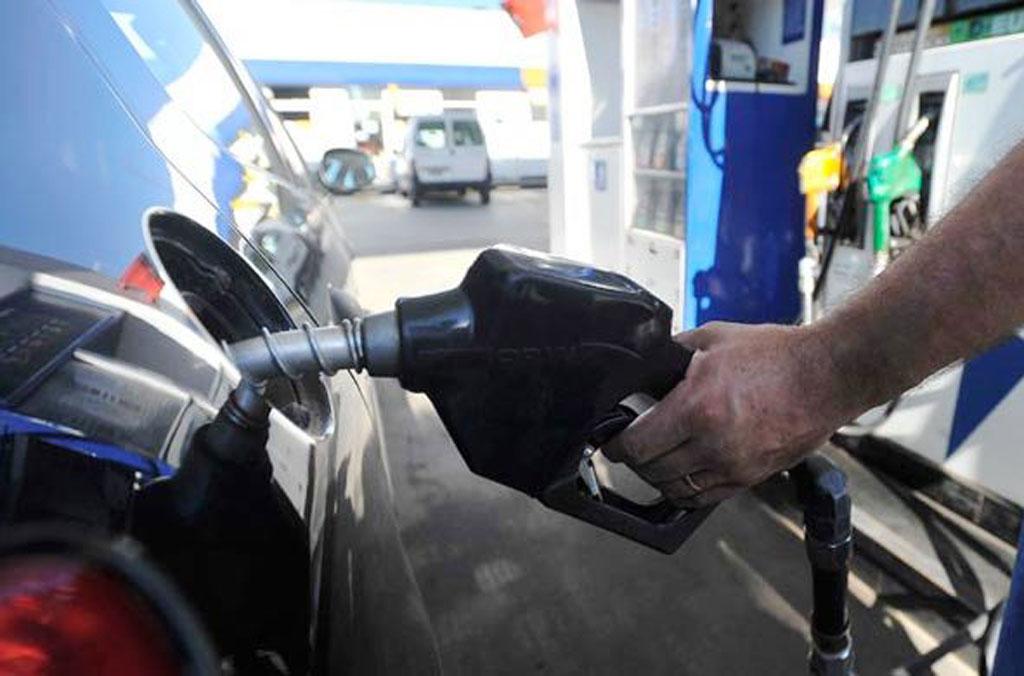 Tras el aumento de YPF, ahora Shell sube sus naftas hasta 5,6%