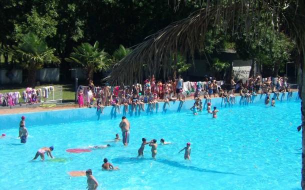 Colonia de vacaciones: reunión de padres