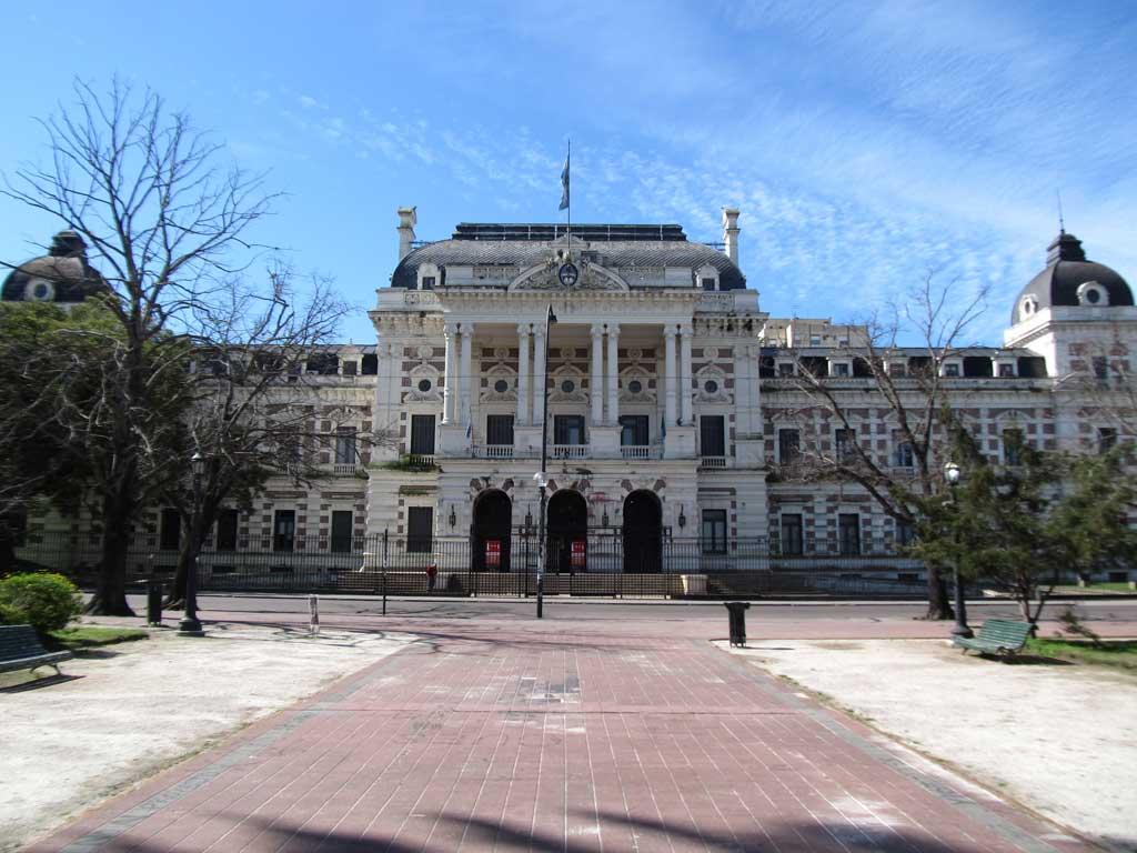 La Provincia de Buenos Aires exceptúa nuevas actividades del aislamiento a 27 municipios