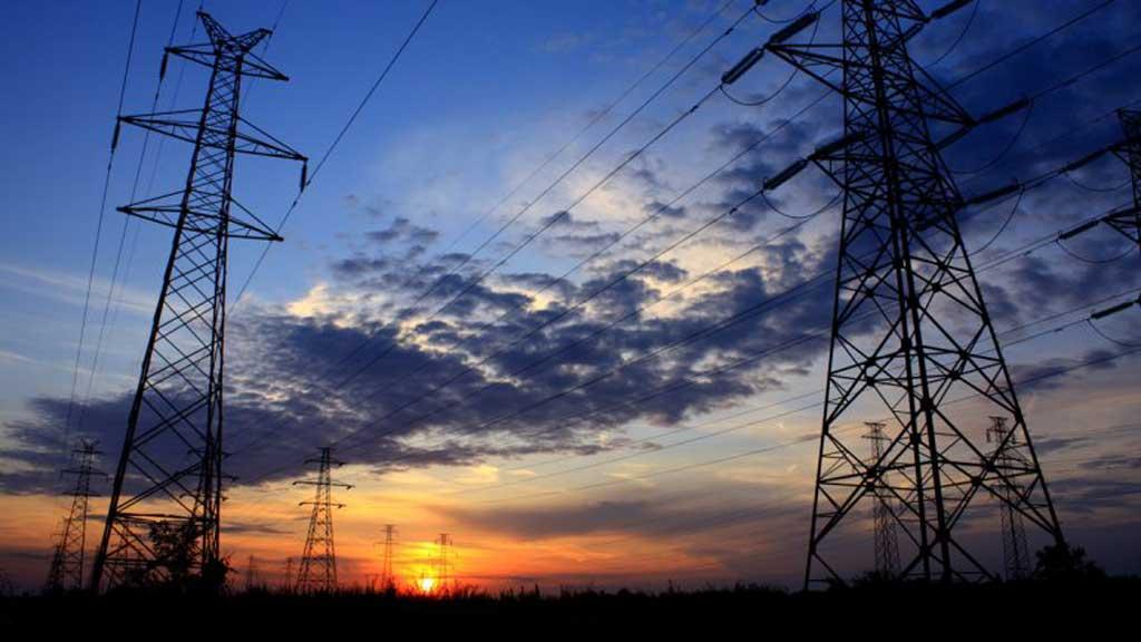 Ordenan a empresas de energía facturar con tarifa anterior