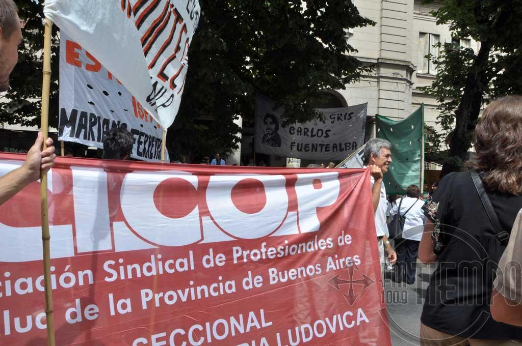 Médicos de Cicop realizan un paro en reclamo de aumento salarial