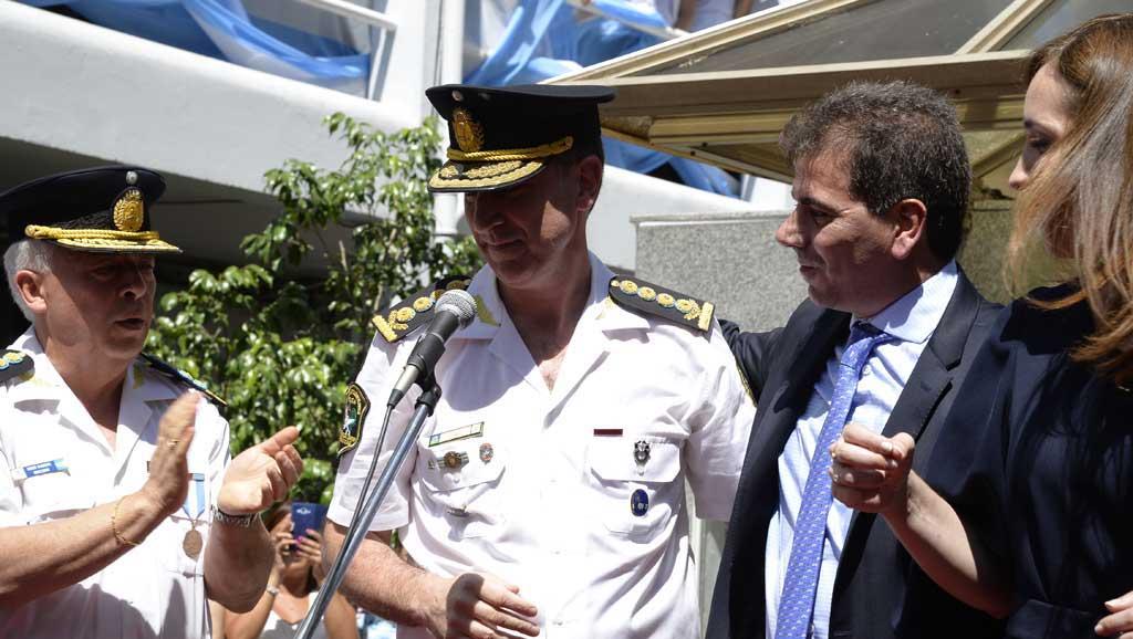 El jefe de la policía bonaerense, Pablo Bressi, pidió el pase a retiro