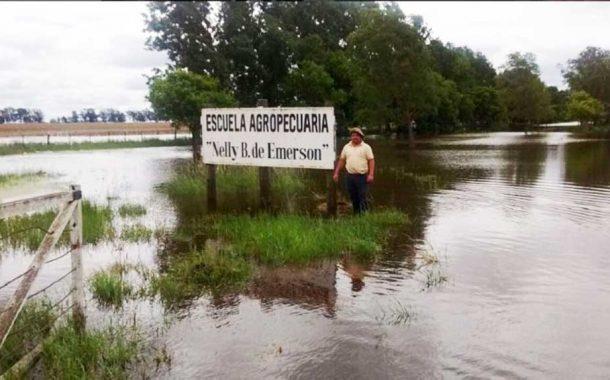 Unos 45 evacuados por las lluvias en General Villegas