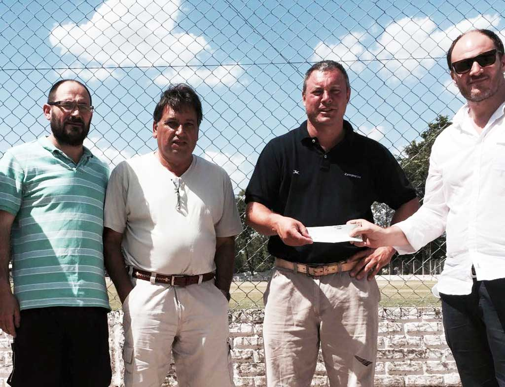 El Diputado Santiago entregó subsidios a escuelas y entidades de Rojas y Baradero