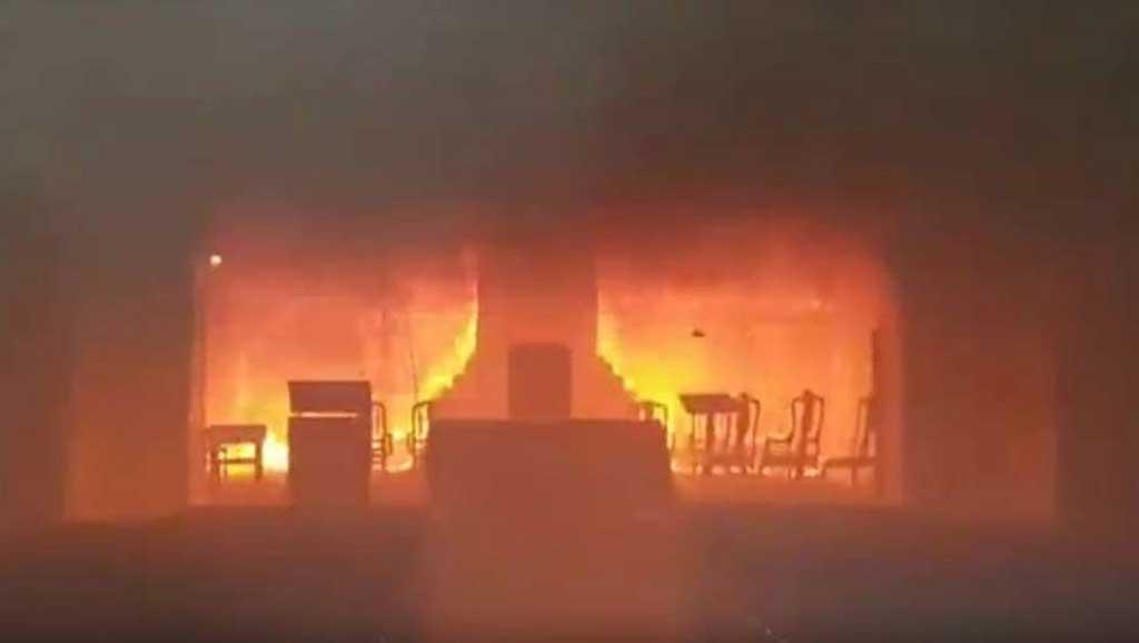 Incendio en la Catedral de San Nicolás: Comienzan las pericias para determinar qué pasó