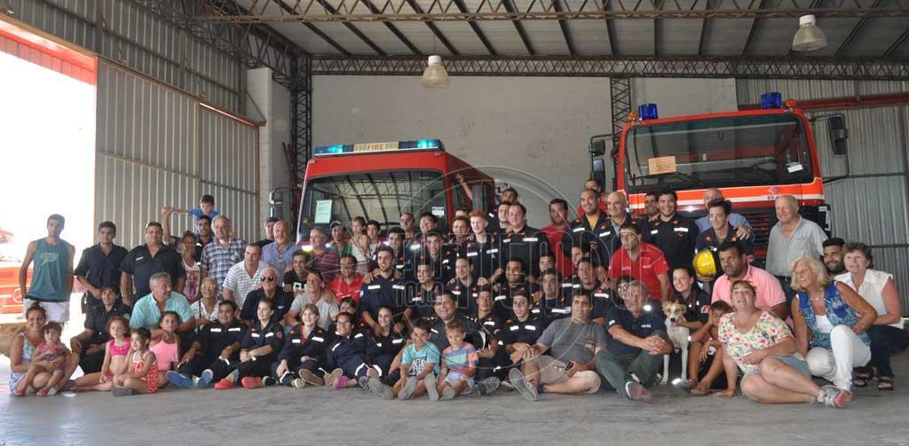 Llegaron los nuevos camiones de los Bomberos Voluntarios