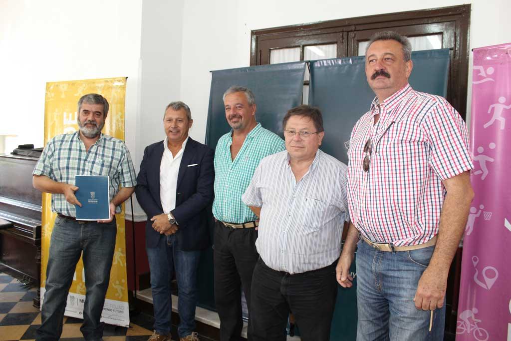 El Municipio entregó subsidio nacional a clubes locales