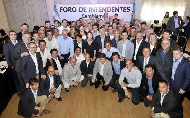 Rossi estuvo en la reunión de Macri con intendentes de Cambiemos