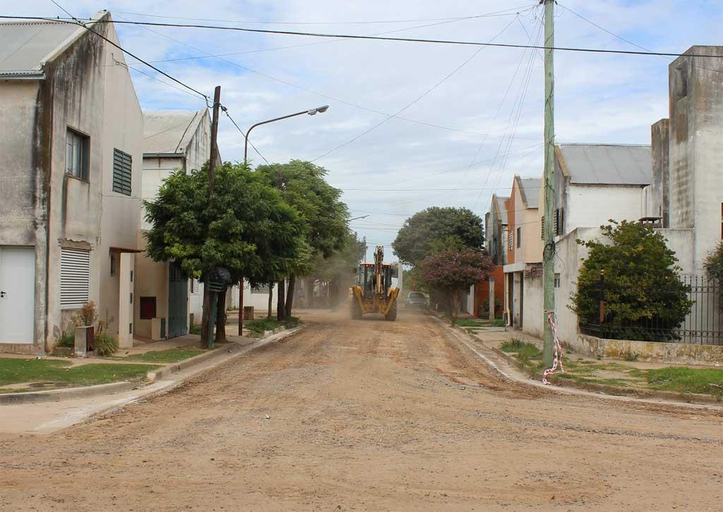 Comenzó la obra de asfalto en Covendiar I
