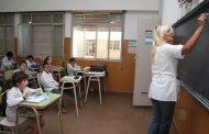 Los alumnos regresan al aula y los docentes esperan un llamado a paritaria