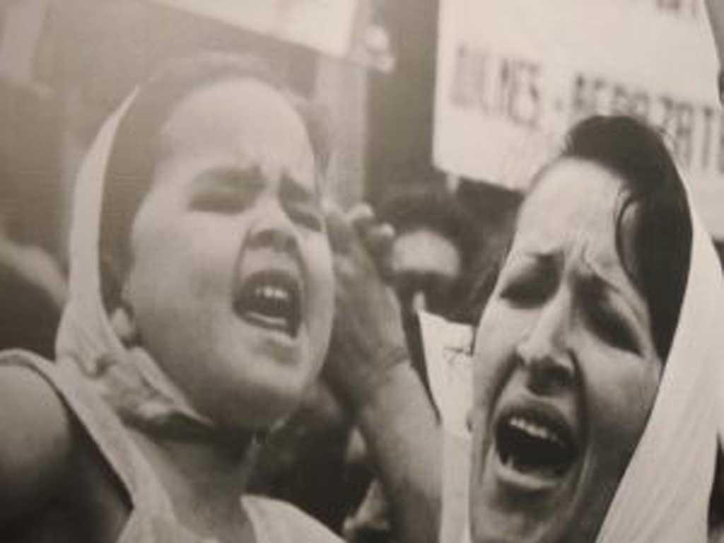 """Muestra """"De la casa a la plaza. Mujeres y Memoria"""""""