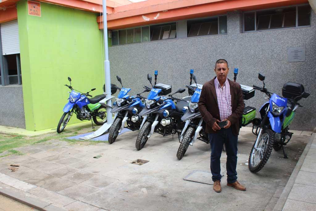La Vucetich incorporó cinco motos y un patrullero