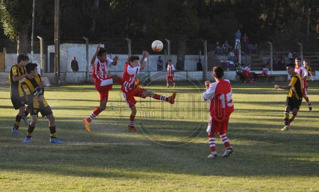 Fútbol: No juegan las inferiores