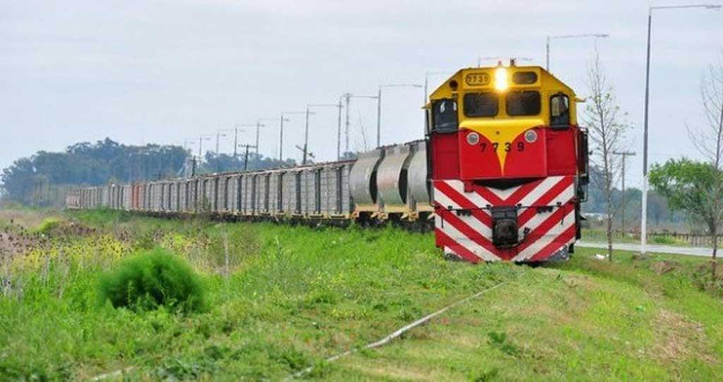 El Gobierno ampliará u$s 1.600 millones el crédito para el ferrocarril Belgrano Cargas