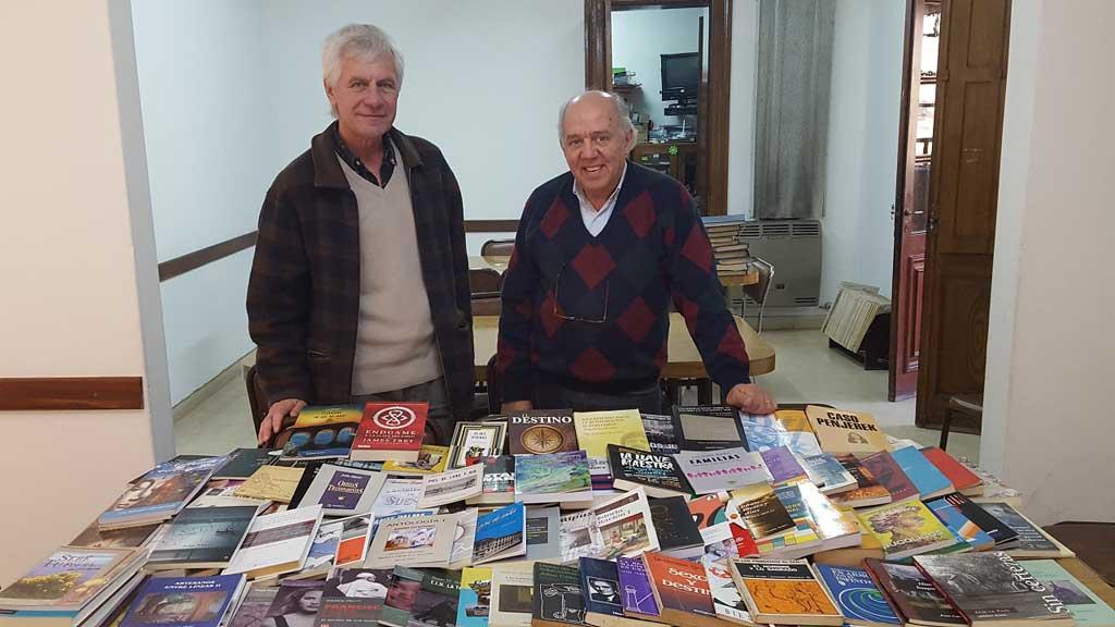 La Biblioteca Municipal recibió donación de libros