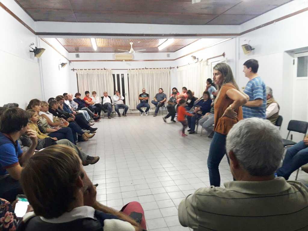El Frente Renovador realizó un debate con militantes y seguidores