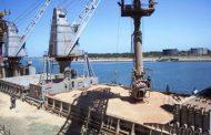 Aseguran que se redujo 90% la demora en la carga de buques graneleros
