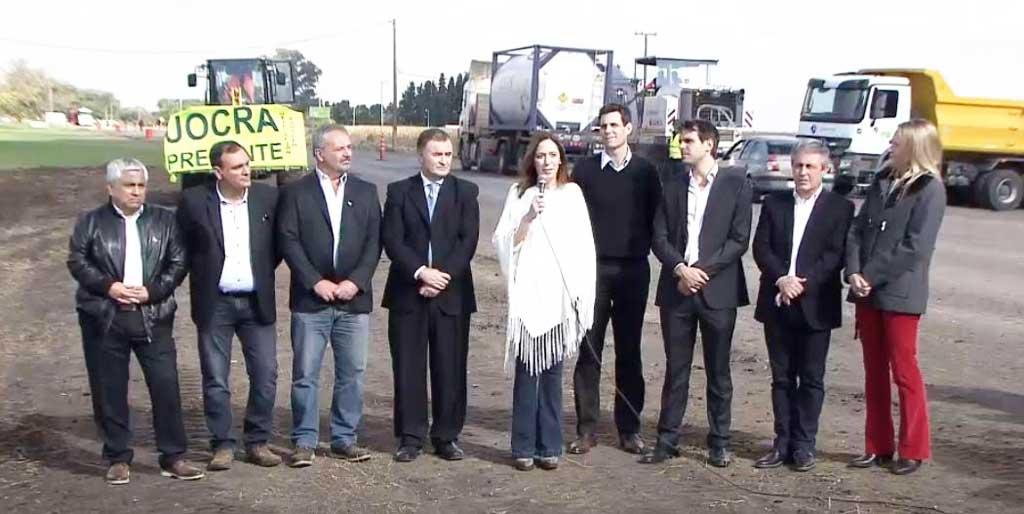 Rossi estuvo junto a Vidal en la presentación del plan de obras viales