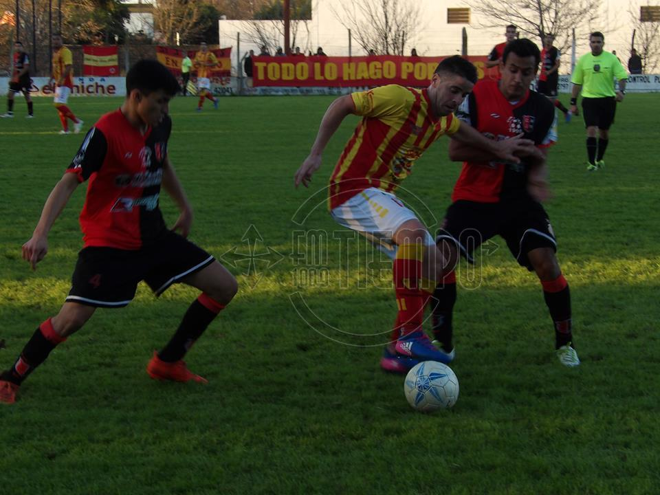 Barracas eliminó a Jorge Newbery en los penales
