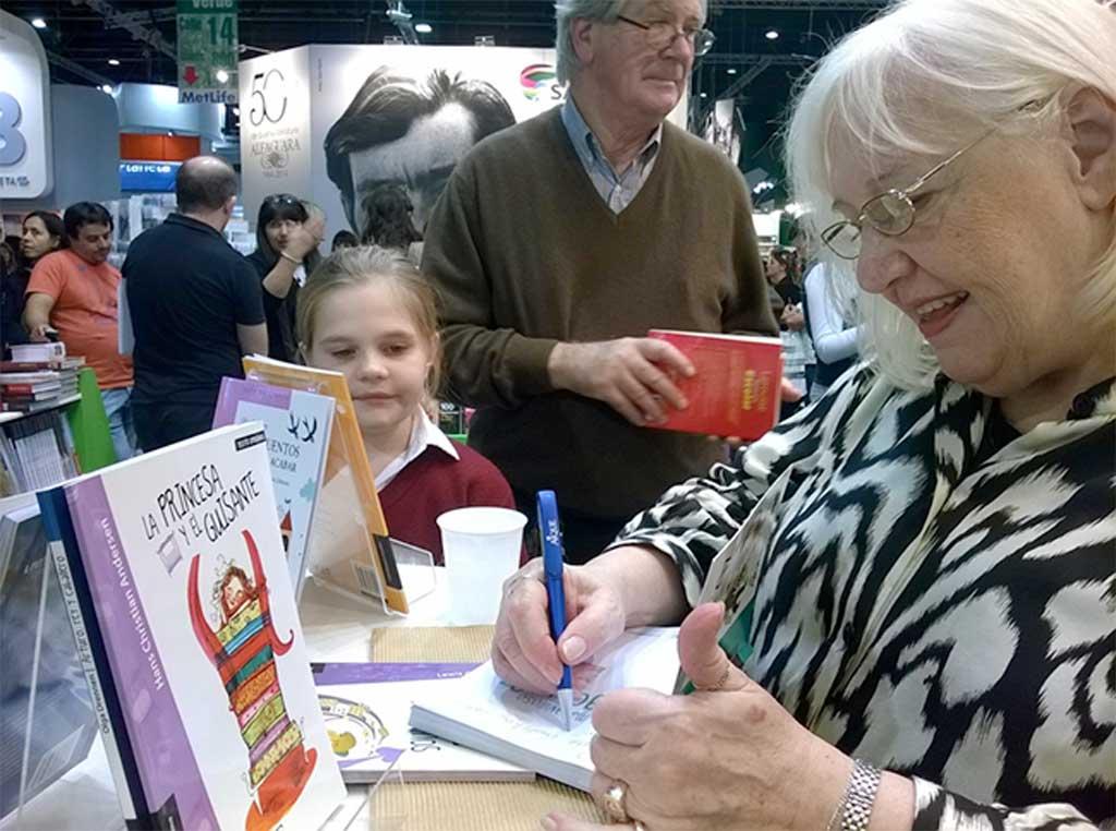 La escritora Olga Drennen estará en la 5ta. Feria del Libro de Rojas