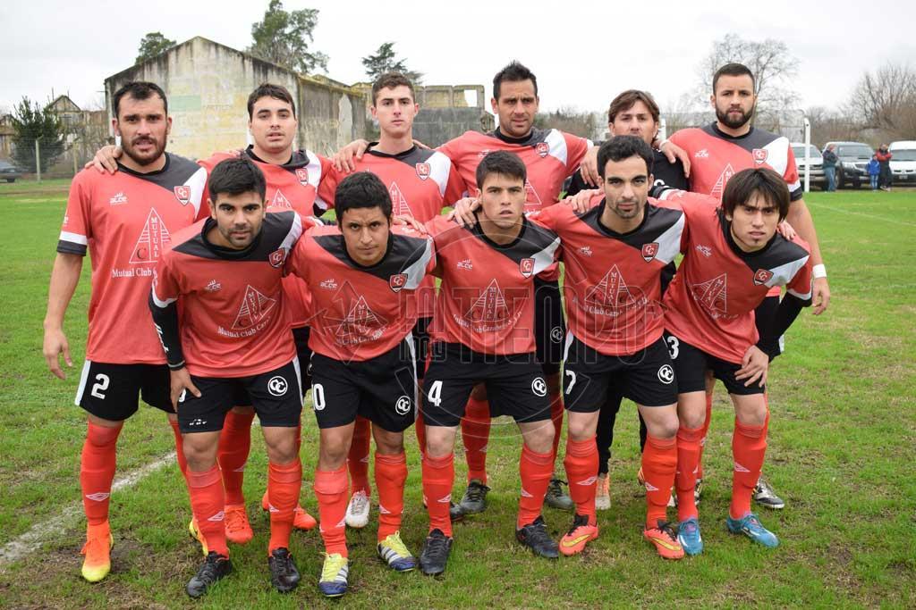 Fútbol: Carabelas le ganó a Independiente por partida doble; Hoy no se juega