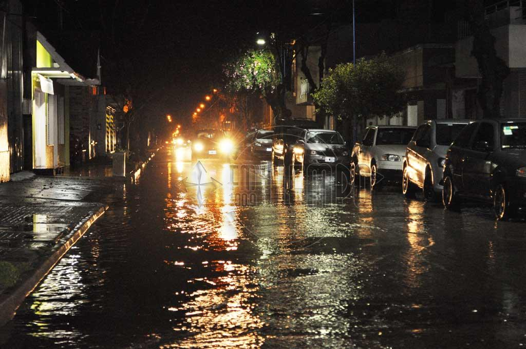 Un fuerte diluvio sorprendió a los rojenses