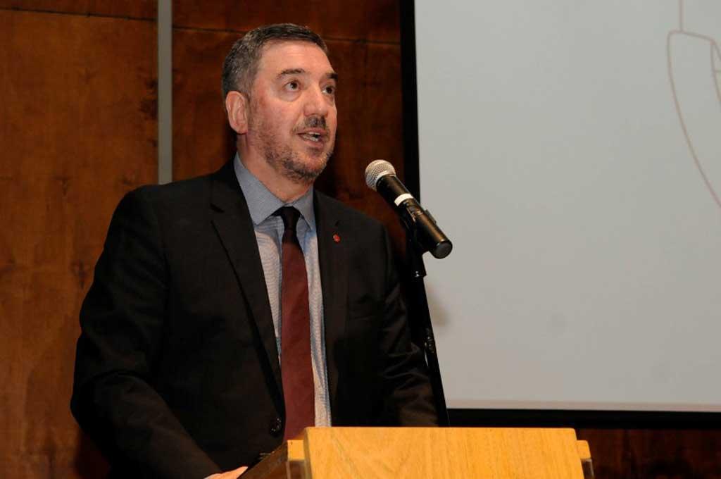 La jefa de Epidemiología del Garrahan, en un encuentro virtual con el rector Tamarit