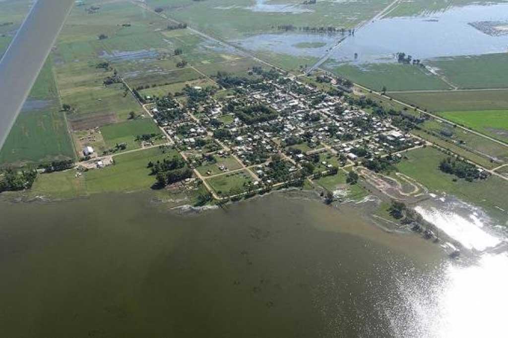 Inundaciones: pueblos de tres municipios con riesgo de aislamiento