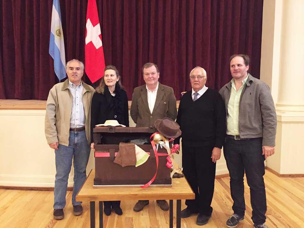 Diputado Santiago junto a la Cónsul Suiza, Margrith Lederman Prestofelippo