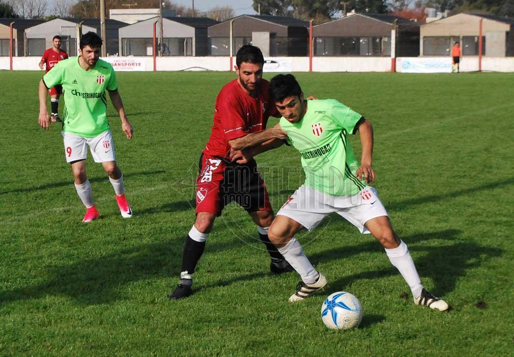 Fútbol: la tercera fecha se juega entre domingo y lunes