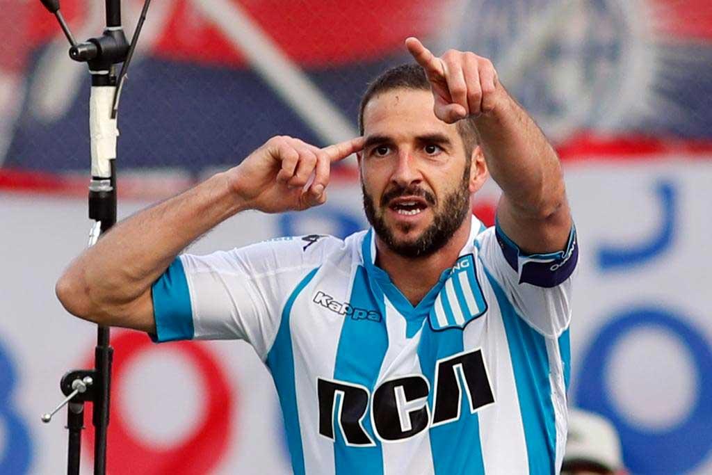 Lisandro López extenderá su contrato con Racing