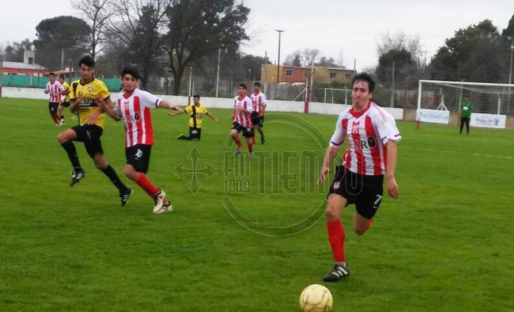 Fútbol: en Reserva ganaron Jorge Newbery y El Huracán