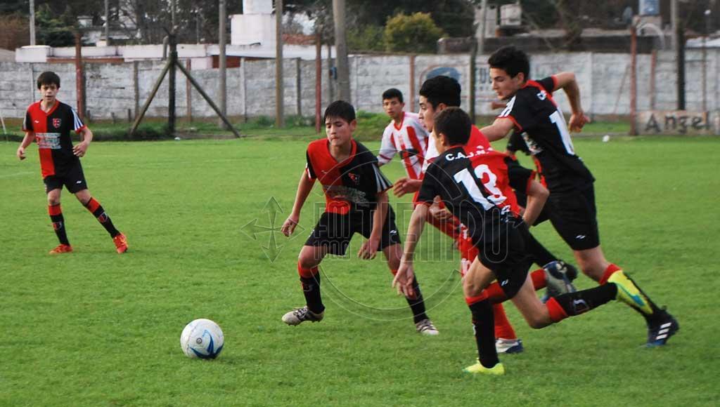 Fútbol: días y horarios para la fecha de juveniles y escuelitas