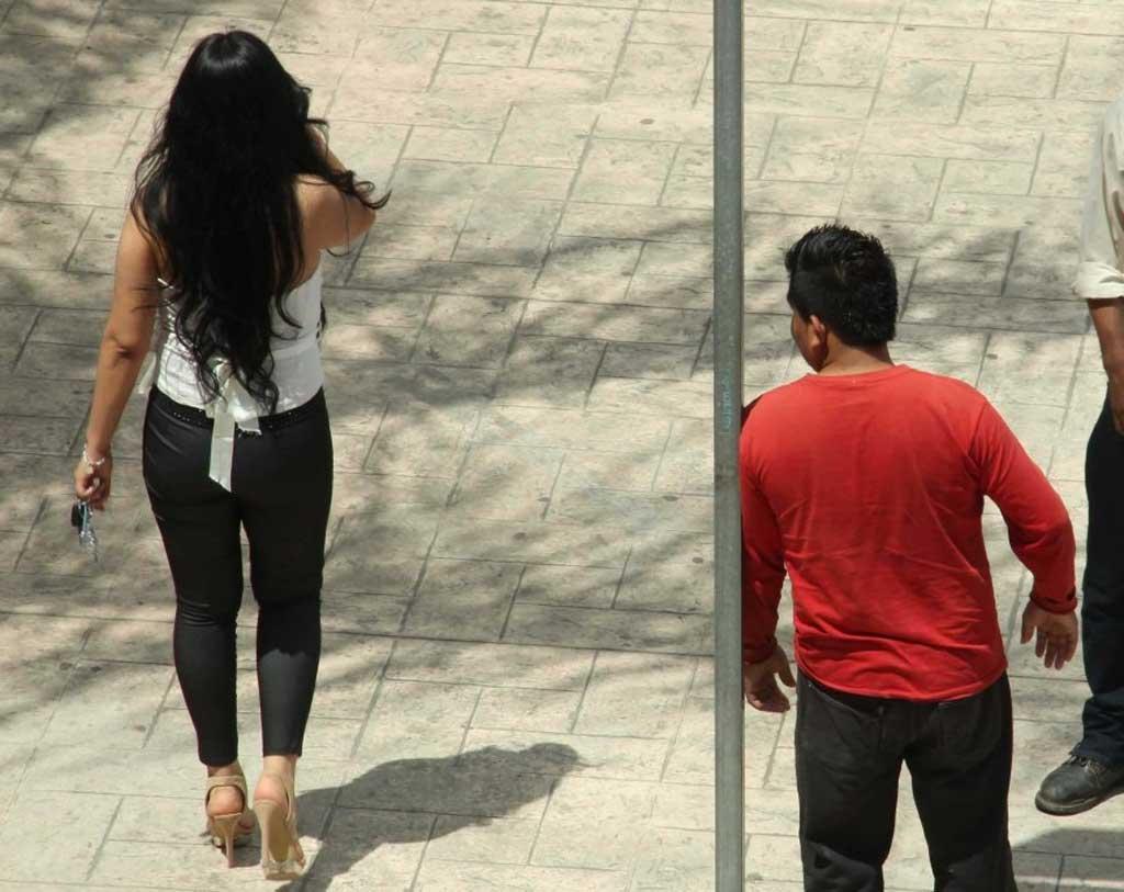 El Ejecutivo promulgó la ley contra el acoso callejero