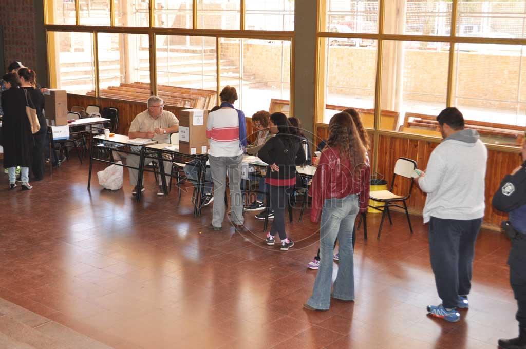 Provincia: Reglamentaron ley por la cual el 50% de las candidaturas deberán ser para mujeres