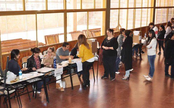 Cerraron los comicios legislativos en los 24 distritos: votó el 78% del padrón