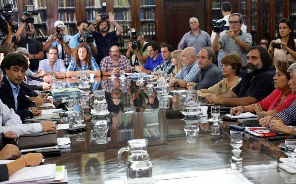 Gremios docentes piden a Vidal