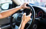 El teléfono celular: un peligro creciente en las manos de conductores y peatones