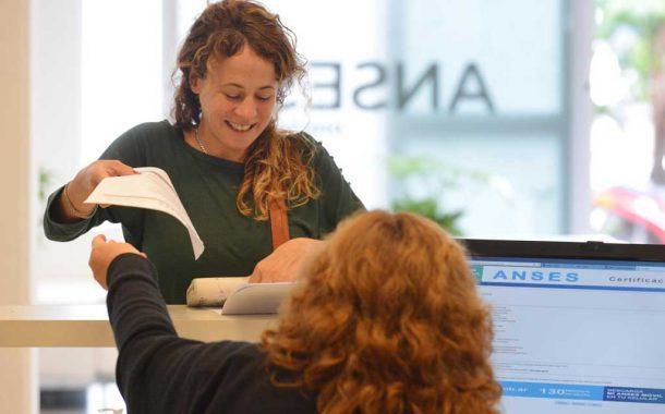 ANSES acordó con la empresa plus pagos la incorporación de la billetera digital
