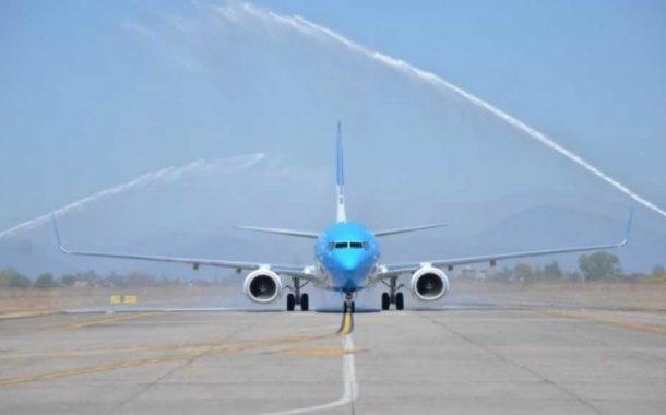 Presentan en Rosario el nuevo avión para el vuelo a Mar del Plata