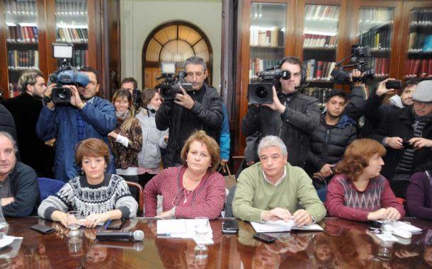 La Justicia ordenó al Gobierno de Vidal a convocar a los docentes