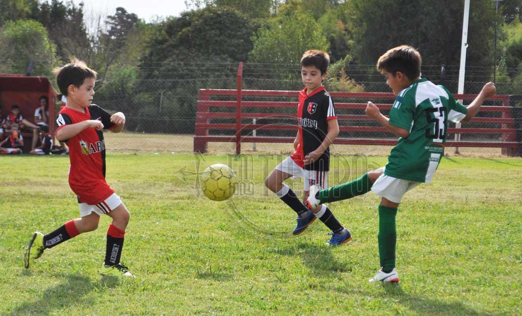 Fútbol: los mas chiquitos jugaron la tercera fecha del interligas